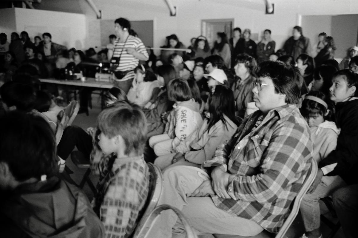 Rassemblement en salle communautaire, Opitciwan