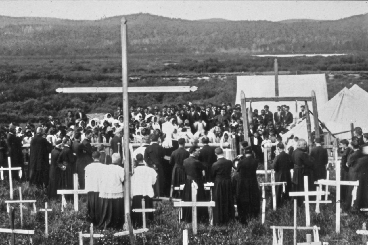 Visite de Mgr Latulipe à Wemotaci 1913